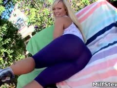 Hot blonde milf with big ass goes crazy part6