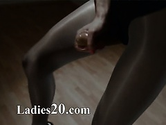 glamour love masturbating with strap om