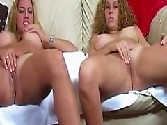 Two Chubby Girls Masturbates Together