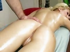 The masseuses lucky day Stacie Andrews