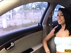Hitchhiking teen Mia Hurley banged outdoor and facialized