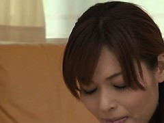 Horny Japanese babe Hitomi Kanou stuffs her pussy with a