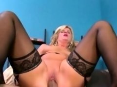 Mature slut uses her boy toy