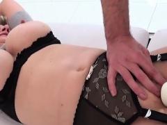 Unfaithful british mature gill ellis presents her big boobie