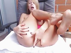 Sexy blonde milf masturbates pussy hard