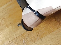 heels and nylons 3