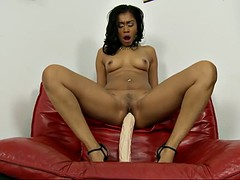 horny yasmine deleon moans while drilling her pulsating cunt