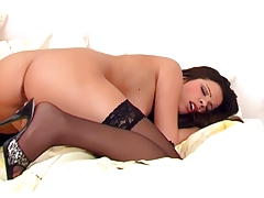Glamour babe in lingerie teases and masturbates