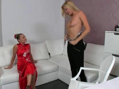 Blonde amateur vibed on porn casting